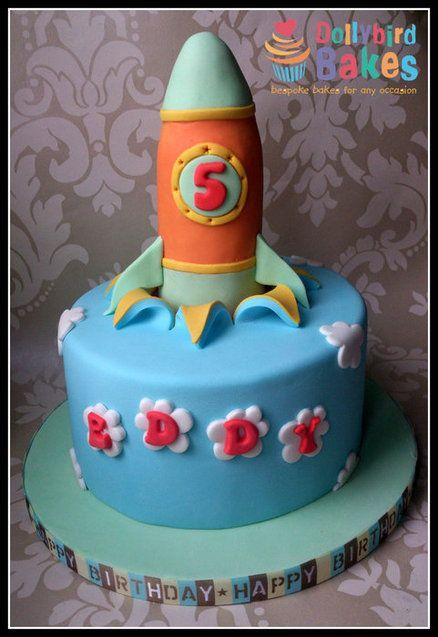 Decorating A Flat Rocket Ship Cake