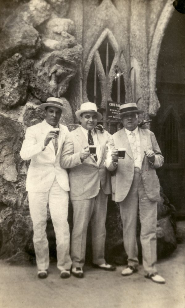 1930 Photo of Al Capone Hangin' Out In La Habana, Cuba with the mayor of the city