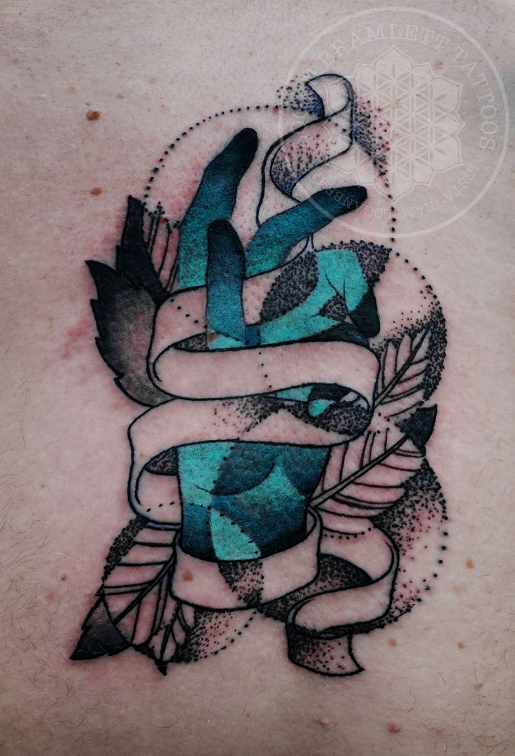 Tattoos fechados caveira bra 231 o - Abstract Dotwork Color Tattoo By Logan Bramlett Found An Other Tattooist On The Other