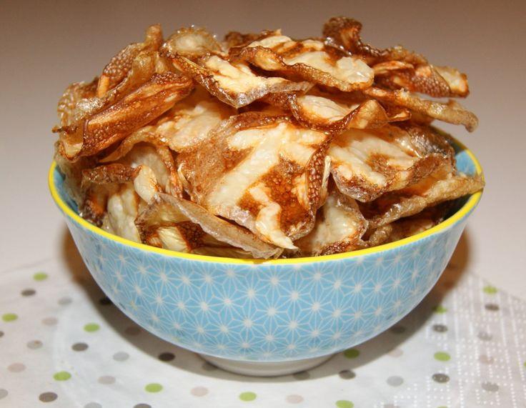 Du leser riktig! Chips laget av egg! Tro det eller ei, de smaker utrolig godt og jeg blir nok hektet på disse en stund fremover. Så enkle å lage,…