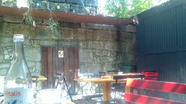 CAFÉ VITÓRIA, PORTO, Portugal.  Having lunch in this garden was the best thing of the day... SEP'13
