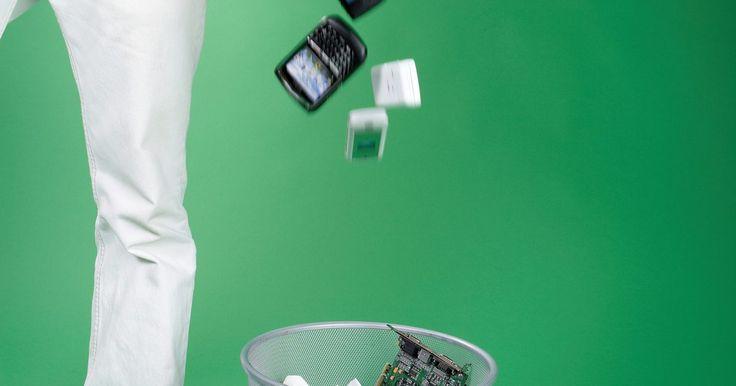 Cómo desbloquear un Nokia Bl-5Ca. La Nokia BI-5Ca es una batería que viene con los teléfonos celulares de Nokia. No importa qué tipo de teléfono celular Nokia compres, vendrá bloqueado. Este bloqueo restringe el uso de otros proveedores de servicios inalámbricos. Si deseas utilizar el teléfono fuera de la red o si deseas cambiar de proveedor, tendrás que obtener un código de ...