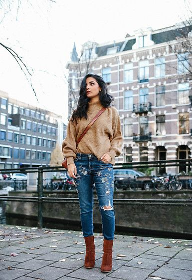 More looks by Merna Mariella: http://lb.nu/mernamariella  #casual #chic #vintage #embroidered #jeans #topshop #sweater #ootd #amsterdam