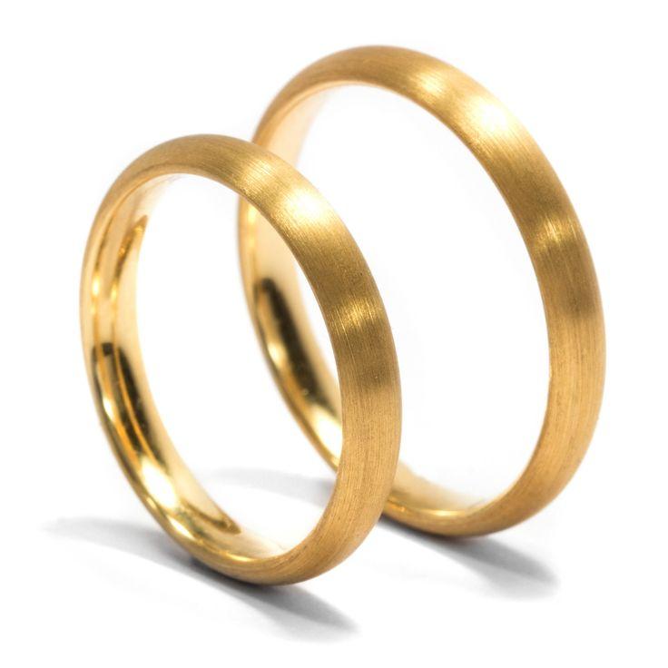 Ein Bund fürs Leben - Edles Paar Eheringe in 900/000 Gelbgold aus unserer Werkstatt von Hofer Antikschmuck aus Berlin // #hoferantikschmuck #antik #schmuck #antique #jewellery #jewelry
