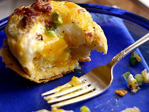 Eat Big for Breakfast: Texas Baked Biscuits: Breakfast Eggs, Baked Eggs, Texas Baking, Baking Biscuits, Breakfast Biscuits, Bacon Egg, Baking Eggs, Eggs Cups, Breakfast Recipe