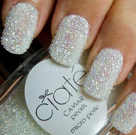 BEAUTIFUL NAILS caviar pearls