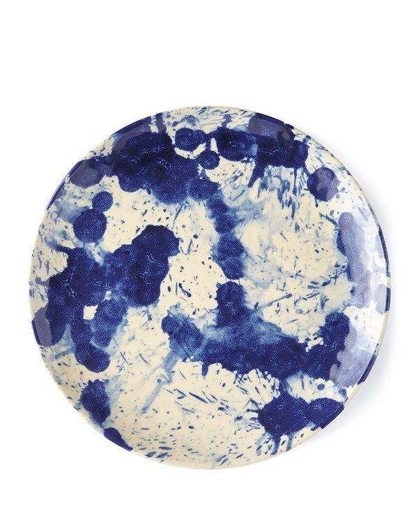 Summer tablescapes are so much fun to think about when entertaining, especially as there are so many choices now for outdoor dinnerware. Juliska's new splatterware pattern for this year definitely adds an artistic element to your table, and I love it in the blue colorway.