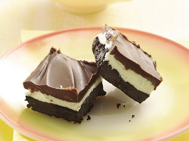 No-Bake After-Dinner Mint Bars aka Creme de Menthe Bars from @bettycrocker