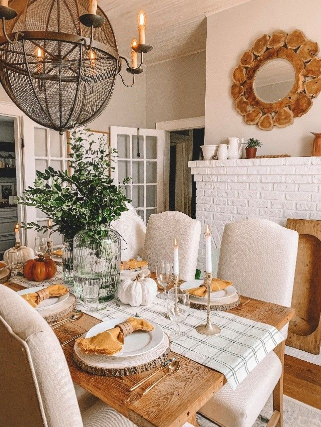 If You Re Looking For Inspiration On How To Style Your Dining Room With Natural W Dining Table Decor Centerpiece Farmhouse Dining Room Table Dining Table Decor