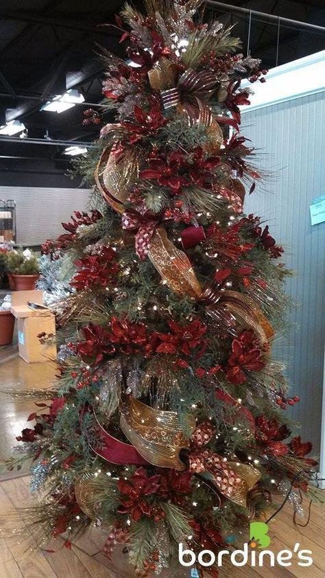 Decora la Navidad en Color Rojo http://cursodedecoraciondeinteriores.com/decora-la-navidad-en-color-rojo/ #34ideasnavideñasparadecorartuhogarennavidadconcolorrojo #Arboldenavidadencolorrojo #Colorrojoparanavidad #comoadornarconcolorrojoennavidad #comodecorarlacasaconcolorrojoennavidad #DecoralaNavidadenColorRojo #Decoracionnavideñaencolorrojo #estilosmodernosparaunanavidadencolorrojo