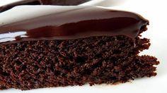 """Bucurați-vă familia cu un desert incredibil de gustos și economic! """"Mannik de ciocolată"""" este un chec din griș, care se prepară foarte ușor, nu conține ouă și lapte, dar este absolut delicios, foarte moale, ușor umed și cu gust dulce-acrișor. Checul este decorat cu glazură de ciocolată și are un aspect foarte atrăgător. Savurați-l cu …"""