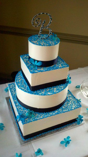 Cake Images In Square Shape : Best 20+ Blue square shaped wedding cakes ideas on ...