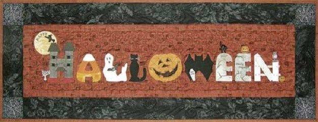 Happy Halloween Runner Happy Hollow Designs Quilt  pattern Quilting Crafts, Tabl #HappyHollowDesigns