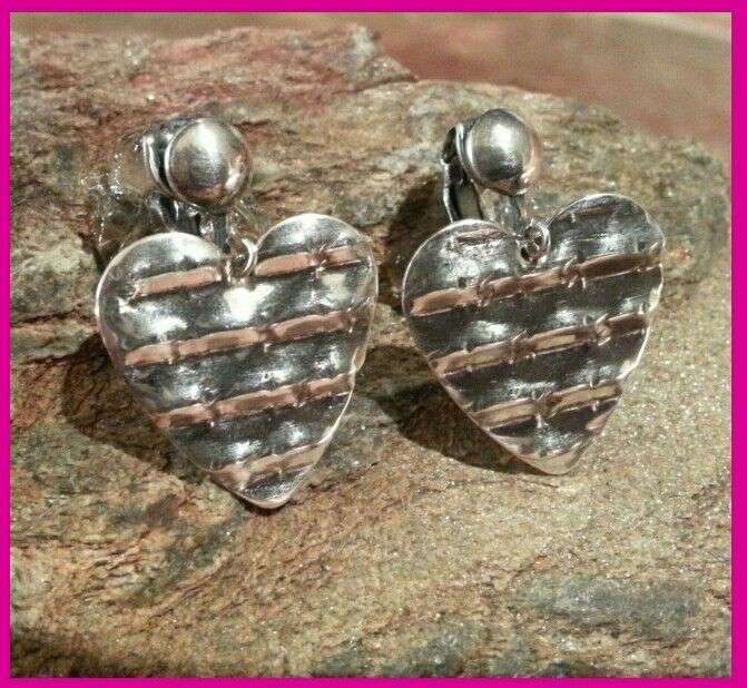 24 best metal pancake dies images on pinterest enamels jewelry earrings made by joni kisro using potter usas heart pancake die in potter usas a step by step video on how to make these earrings is on youtube ccuart Choice Image