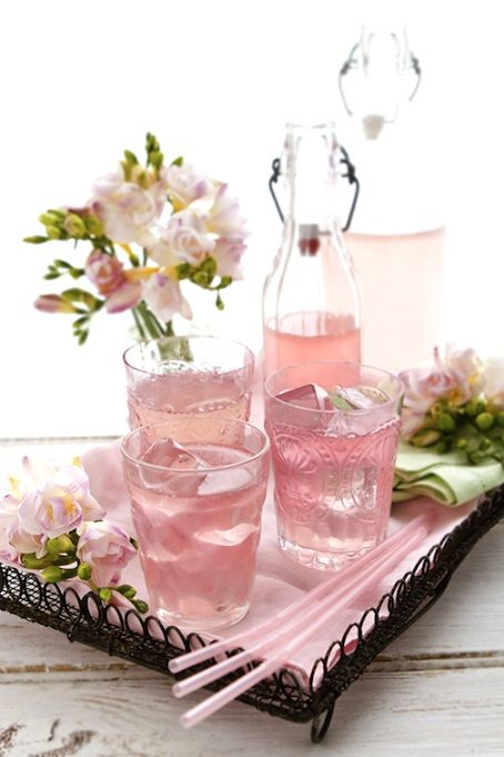 Pretty in Pink Passion Lemonade TO DIY you need.... 4 lemons, juice only 4 passionfruits, juice only 3 cups of water 3/4 cups unrefined sugar 2-3 drops natural pink food coloring Mix all ingredients together. Refrigerate and serve with ice!