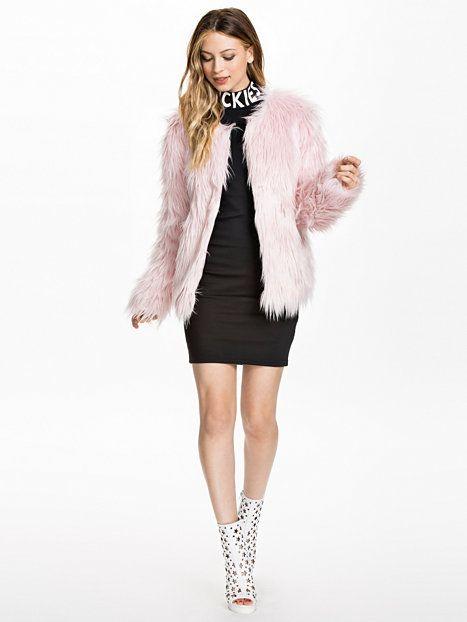 Fauxe Fur Jacket - Estradeur - Roze - Jassen - Kleding - Vrouw - Nelly.com