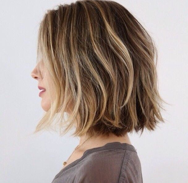 layered choppy bob haircut for summer…