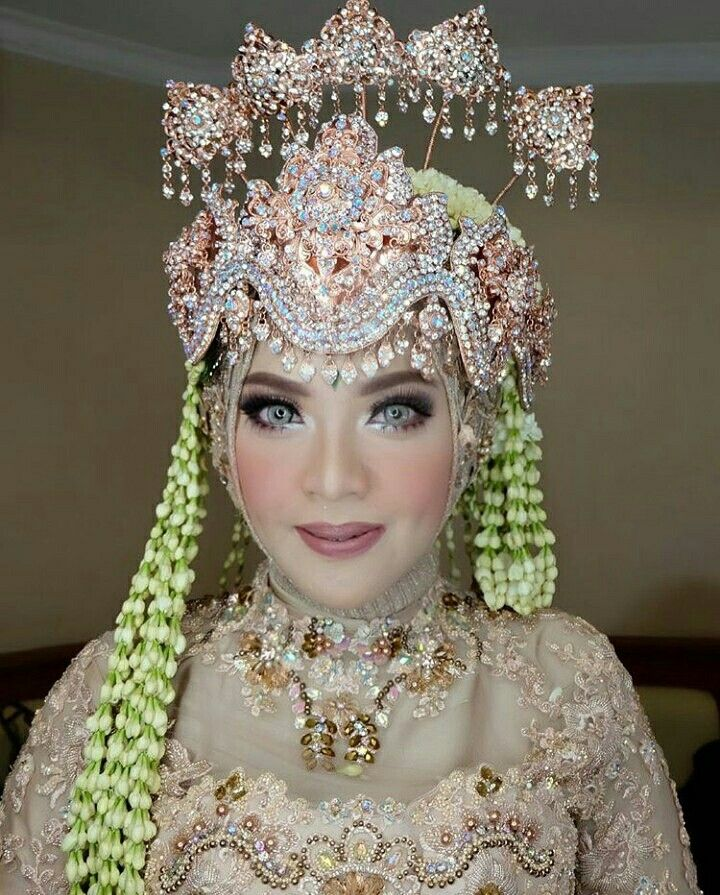 Pin By Qofifahnafiula On Sunda Siger The Bride Story