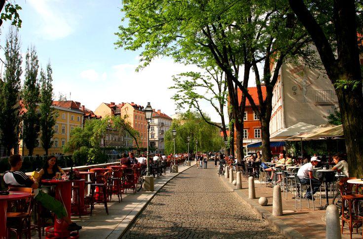 Ljubljana - lazy afternoon stroll through this beautiful city!