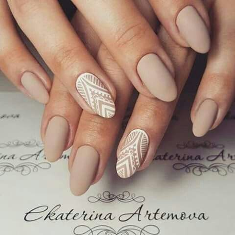 Matte nail polish #nude #white  #pattern #almond #nails
