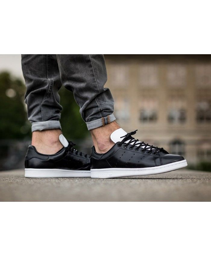 Adidas Stan Smith Core Black - This new Stan Smith comes covered in a  glossy black leather upper with contrasting white accents on the tongue and  sole unit.
