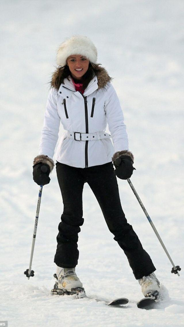 1000 id es sur le th me tenues de ski sur pinterest mode. Black Bedroom Furniture Sets. Home Design Ideas