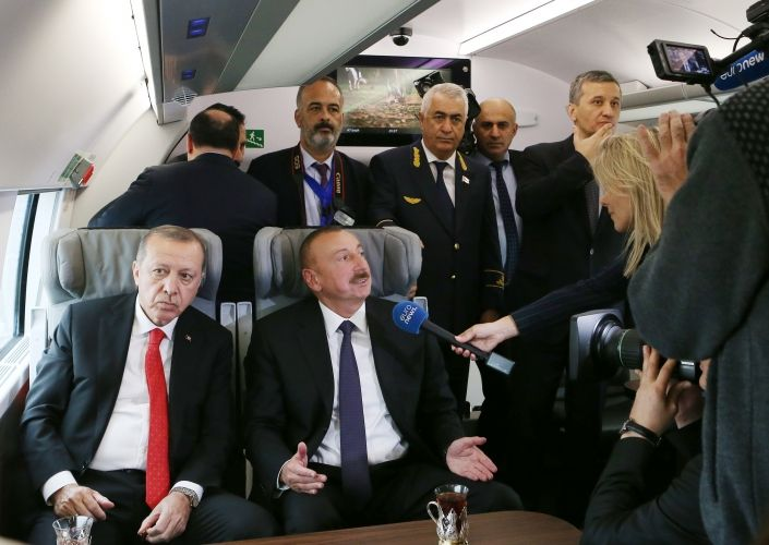 """Euronews channel has published a feature story headlined """"Silk Road Rail Links Europe and China"""" highlighting the launch of the Baku-Tbilisi-Kars railway. The channel`s reporter interviewed Azerbaijani President Ilham Aliyev"""