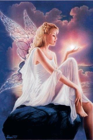 """""""L'amore ha le sue ali, lascialo libero di volare e...  non perderà mai la sua luce."""""""