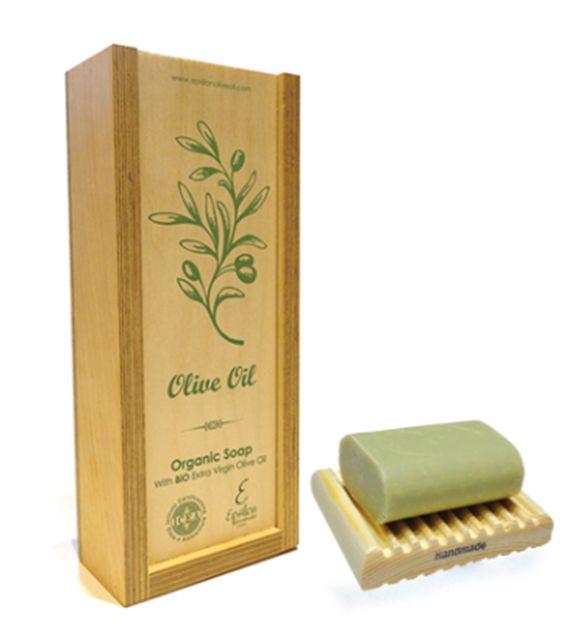 Περιποίηση & φρεσκάδα αγνού σαπουνιού με βιολογικό ελαιόλαδο Κρήτης http://www.greek-bees.com/bio-soap-oil.html