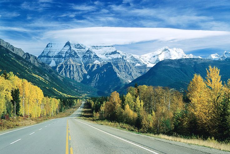 Notable.ca | 11 Perfect Canadian Road Trips You Need to Take in Your Lifetime