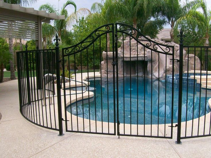 Ugliest pool fence ever with a little creativity and for Pool design elements