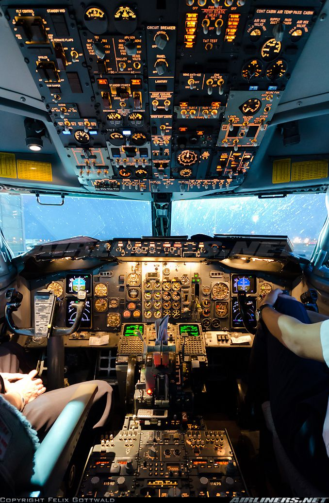 """A big thank you to the crew for allowing me to take a picture prior departure! The """"bobby"""" cockpit is always a treat to look at. - Photo taken at Frankfurt am Main (Rhein-Main AB) (FRA / EDDF / FRF) in Germany in May, 2012."""