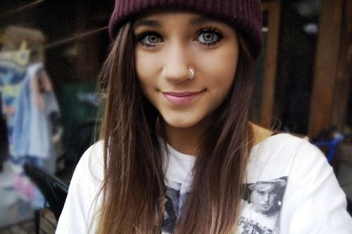 .: Lips Color, Nose Rings, Gold Rings, Hairs Color, Hazel Eyes, Brown Hairs, Beanie Hats, Nose Piercings, Crazy Eyes