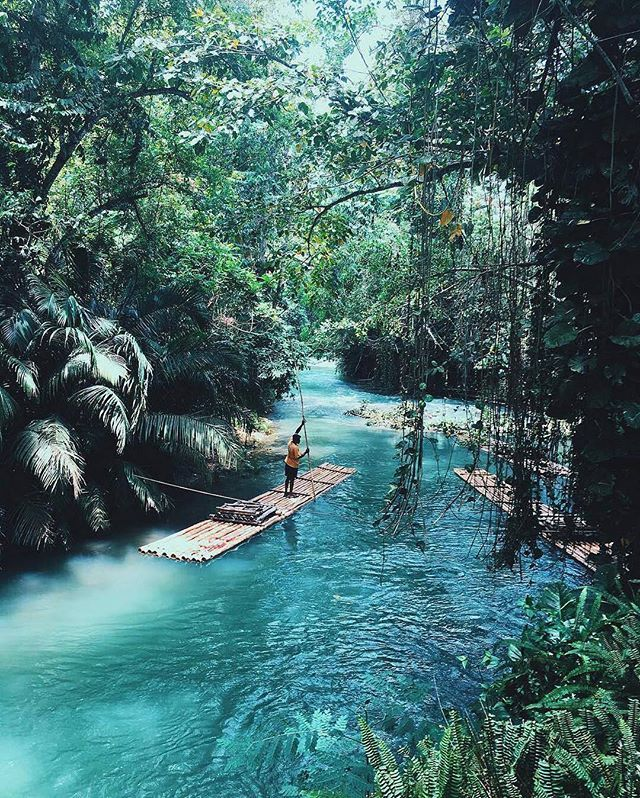 Tropical lagoon in the Philippines