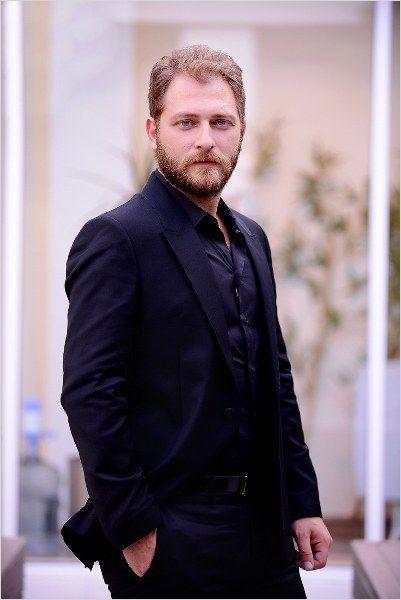 Alican Yücesoy (d. 22 Ekim 1982, İstanbul), Türk sinema, tiyatro ve dizi oyuncusu.