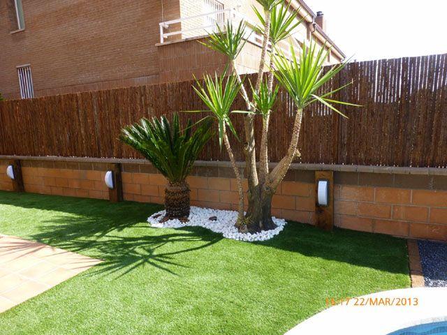 Iluminaci n parterre palmeras bolo blanco proyectos for Palmeras pequenas para jardin