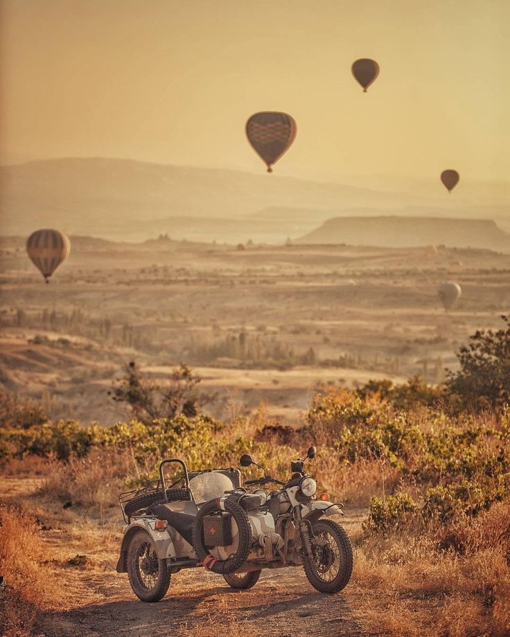 Ural motorcycle/ Amazing pic