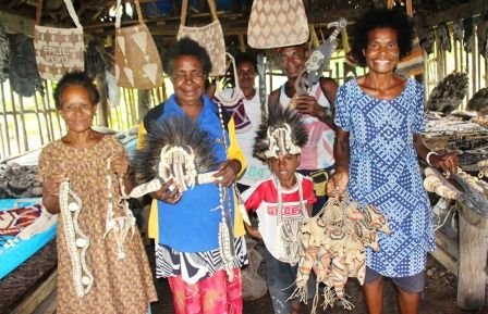 Authentic and quality Sepik River arts and crafts sold in the heart of Wewak town is proudly owned by local women. If you're ever in the East Sepik, stop by the Singu Arts and Crafts and see the amazing collection on display from one of PNG's famous tribal heartlands. | Read more: http://www.papuanewguinea.travel/papua-new-guinea-tourism-promotion-authority/x,76,1,1,463,,/singu-arts-crafts-in-the-heart-of-wewak.html