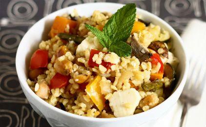 Σαλάτα με πλιγούρι και λαχανικά