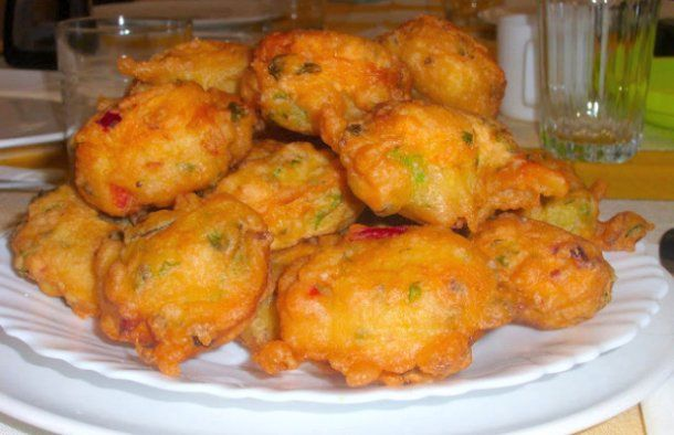 Serve these amazing Portuguese cod fritters (pataniscas de bacalhau) with rice and a salad.