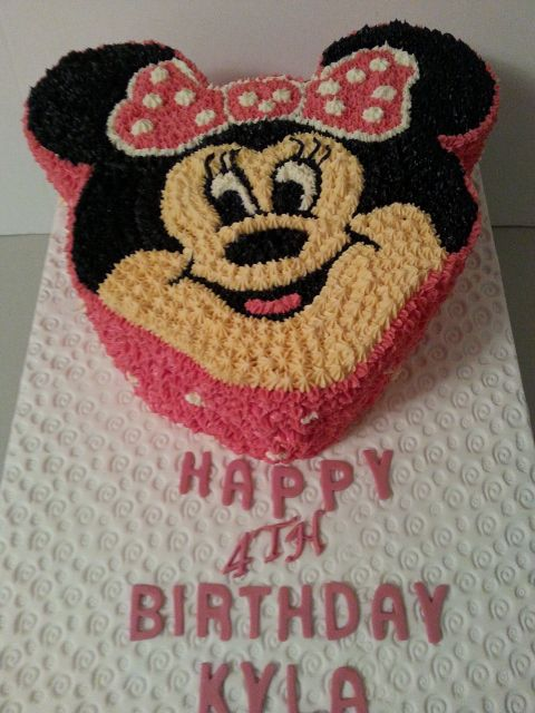 Minnie Mouse birthday cake by Sheila's Cake Creations in Essex UK