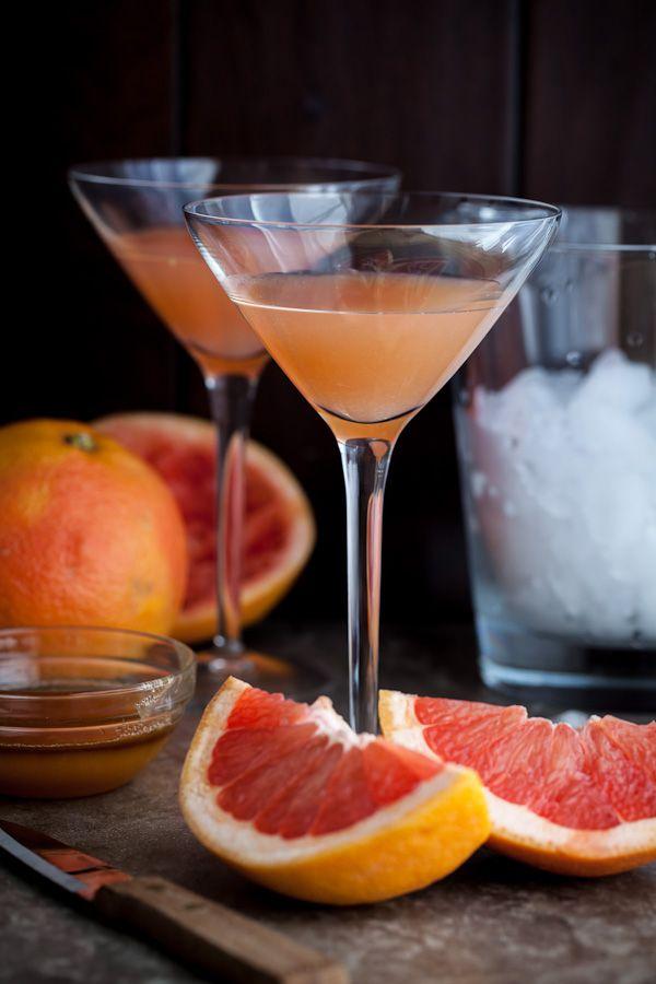 Brown Derby - 2 ounces bourbon, 1 ounce grapefruit juice, 1 tsp lemon juice, 1/2 ounce acacia honey syrup. Garnish with grapefruit peel. Shake.