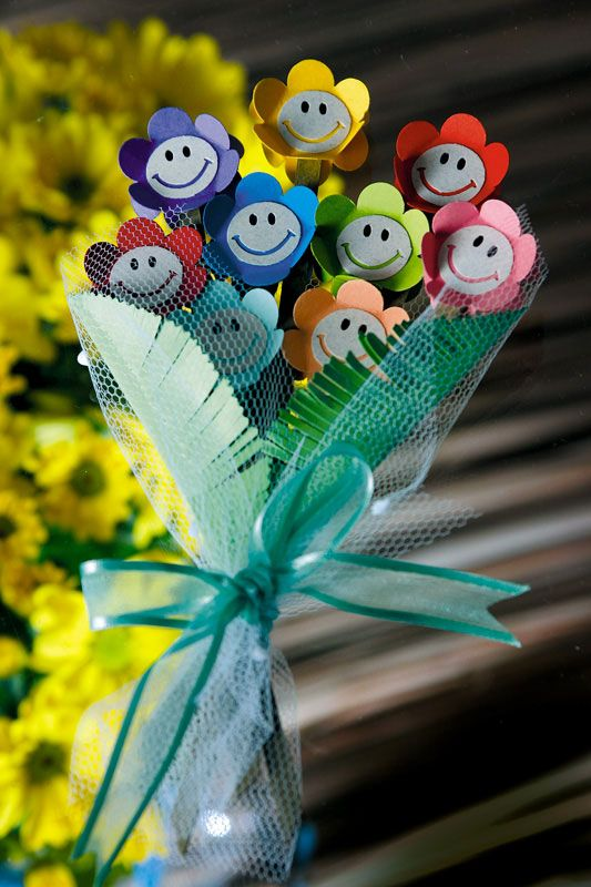 Kids paper bouquet for March 8. The idea for Kindergarten. Talk to LiveInternet - Russian Service Online Diaries