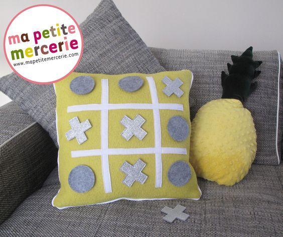DIY : confectionnez votre coussin morpion pour des parties endiablées pendant vos dimanches pluvieux de l'hiver. Une idée originale ludique et décorative !