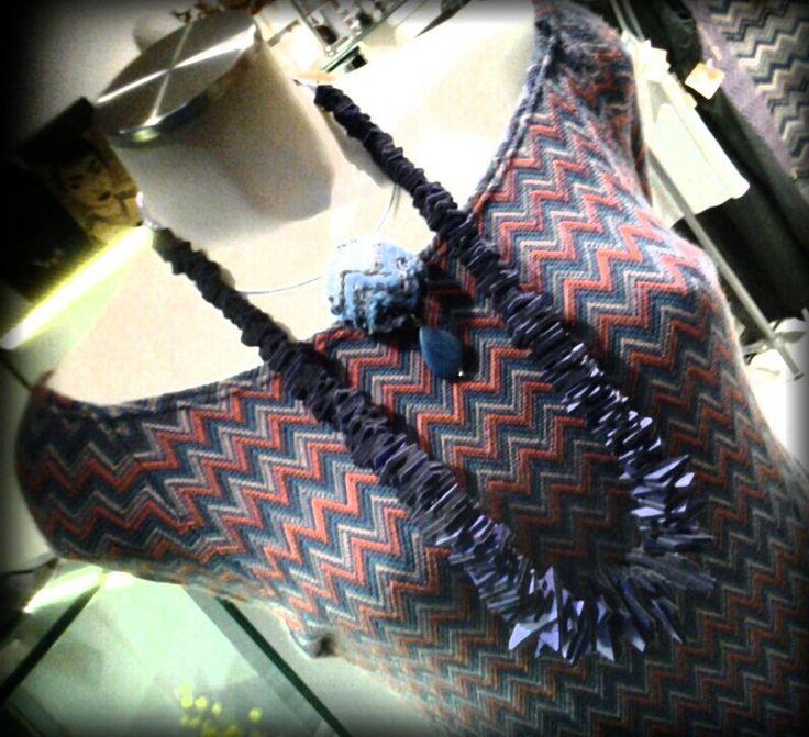 buon mercoledì collana in neoprene made in TO collana tessuto made in TO abito in cotone sartoria GRILLO TORINO