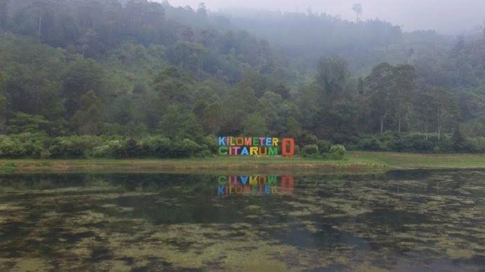 12 Pemandangan Alam Indah Di Bandung Panorama Wisata Alam Situ Cisanti Ini 3 Spot Yang Cocok Download 14 Hotel Tengah Hutan Di B Di 2020 Pemandangan Alam Liburan