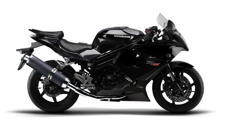 Best Budget Motorcycles No.5 Hyosung GT250R 2015 ,$3,799  #motorcycles #motorcycle #bikes #bikers #black #Honda #Kawasaki #Ducati #gear #Yamaha #helmets
