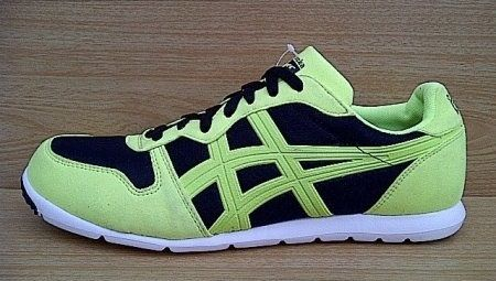 #onitsukatiger Tertarik ? Hub : 0831-6794-8611 Kode Sepatu: Onitsuka Tiger Corcovado Runner Green   Black | Ukuran Sepatu: 42.5 | Harga: Rp. 560.000,-