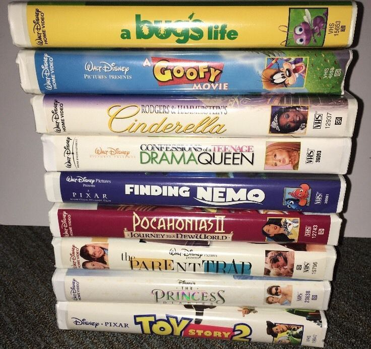 Lot Of 9 Walt Disney VHS Tapes Movie A Bug's Life Finding Nemo Toy Story 2