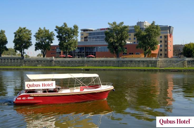 Q-boat cruises in Qubus Hotel Kraków.